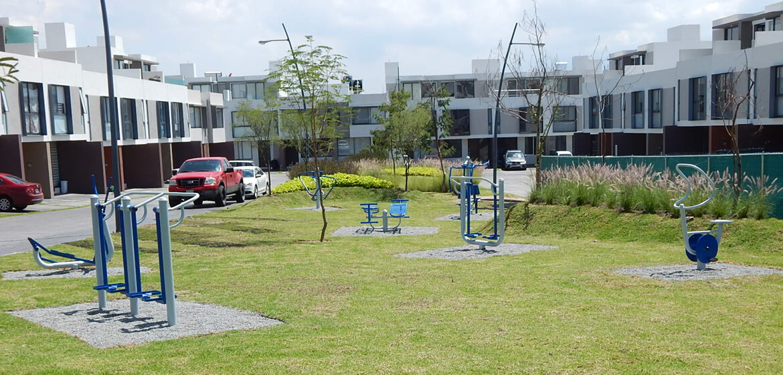 Gimnasios al aire libre crumar fabricantes de - Mobiliario de gimnasio ...